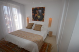 To rent stunning luminous two bedroom apartment