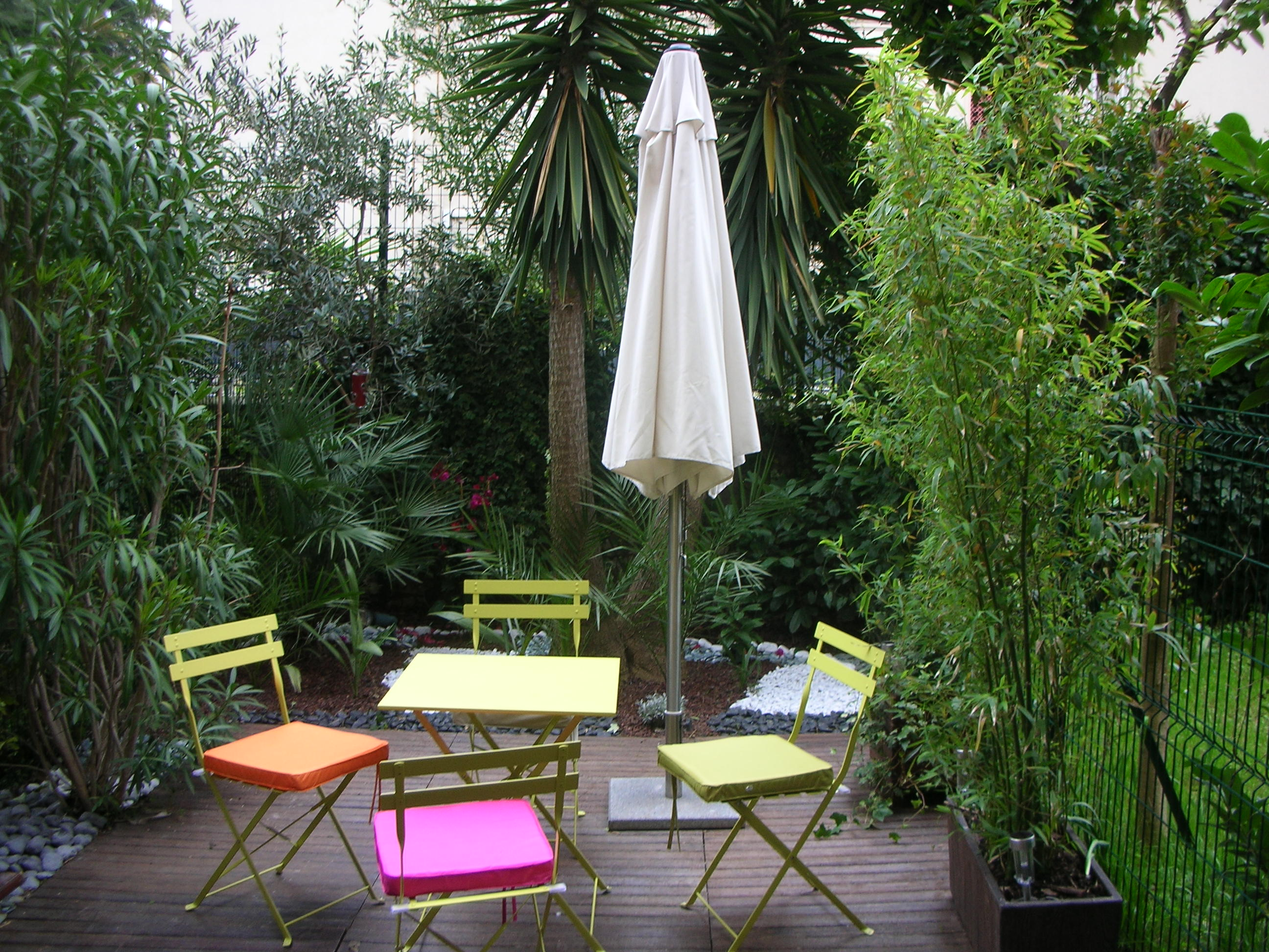 To rent lovely charming studio garden
